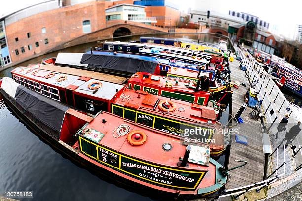 The boats on the Birmingham canals