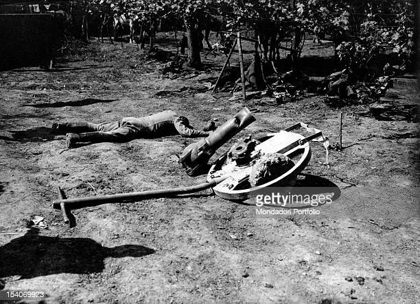 The body of an Austrian soldier fallen during a fight lying in the area near the Montello Treviso 1910s