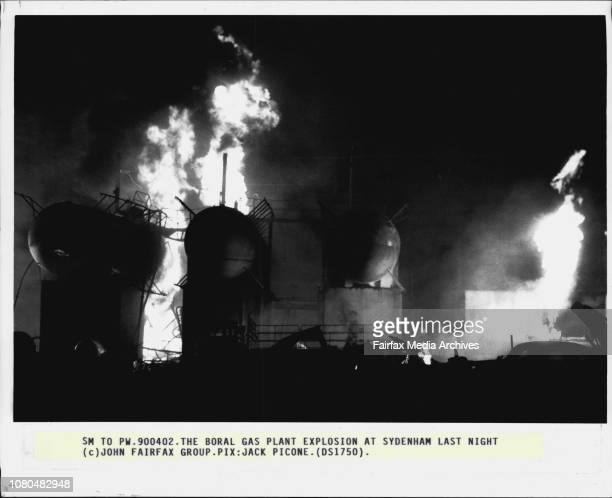 The Boral gas plant explosion at Sydenham last night April 2 1990