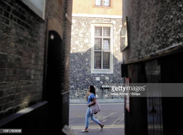 the borough street style - ブーツイン ストックフォトと画像