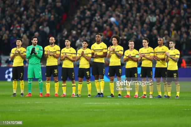 The Borussia Dortmund team pay tribute to Emiliano Sala and Gordan Banks prior to the UEFA Champions League Round of 16 First Leg match between...