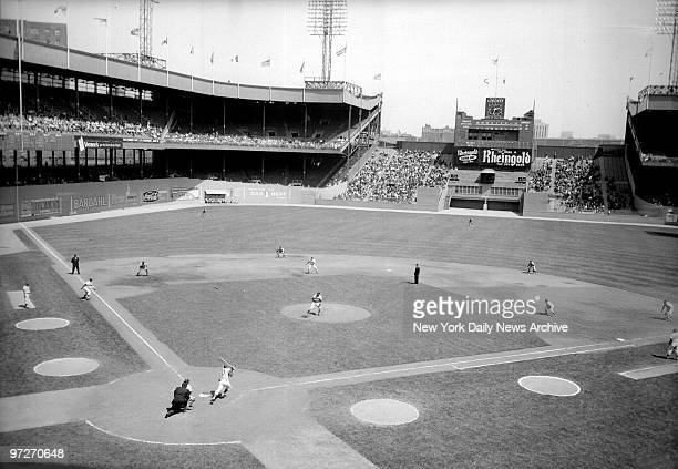 The Boston Braves and the New York Mets meet at Polo Grounds