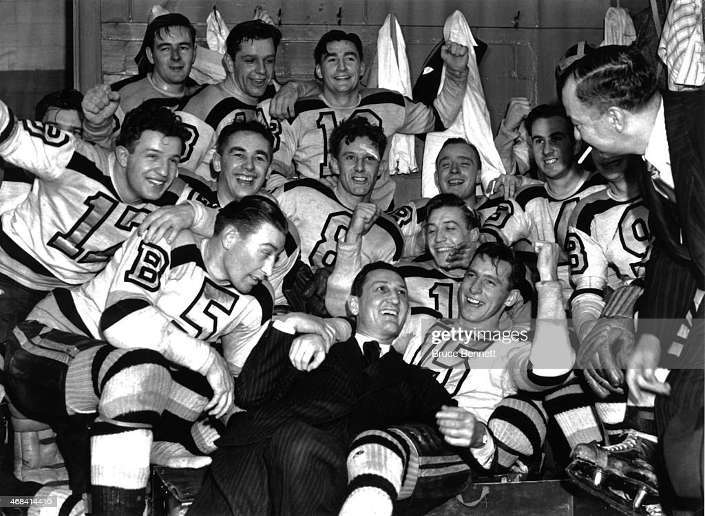 1941 Stanley Cup Finals - Game 4:  Boston Bruins v Detroit Red Wings : News Photo