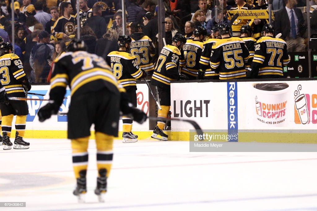 Ottawa Senators v Boston Bruins - Game Four : News Photo