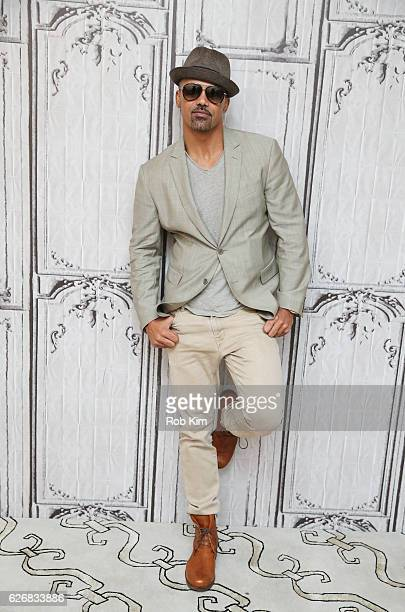 'The Bounce Back' cast member Shemar Moore attends the Build Series at AOL HQ on November 30 2016 in New York City