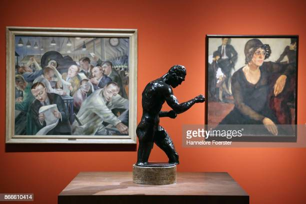 ' The boxer' of Rudolf Belling in the background Lotte Lasersteins ' Polly Tieck and Magnus Zellers ' Umbruch' during the 'Glanz und Elend in der...