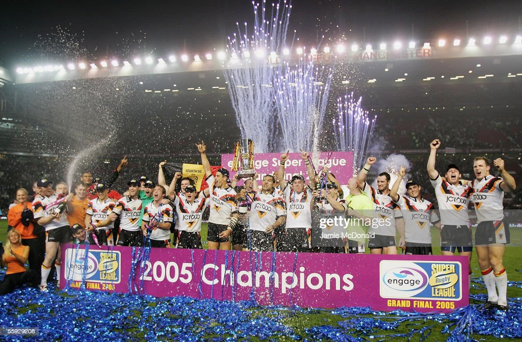 The Bradford Bulls celebrate after winning the Engage Super league Grand Final between Leeds Rhinos and Bradford Bulls at Old Trafford on October 15, 2005 in Manchester, England.