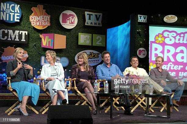 The Brady Bunch original cast members Maureen McCormick Eve Plumb Susan Olsen Barry Williams Christopher Knight and Mike Lookinland