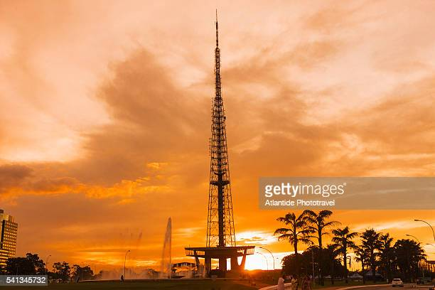 the brasilia tv tower at sunset - distrito federal brasilia stock pictures, royalty-free photos & images