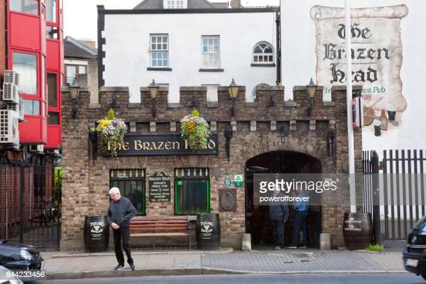 El pub Brazen Head en Dublín, Irlanda