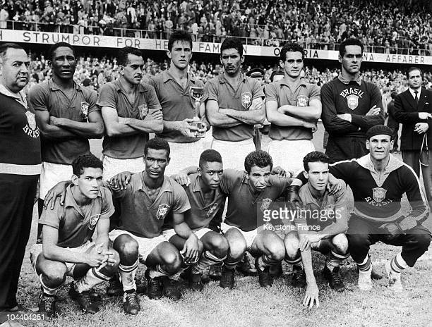 The Brazilian team posing after the finals of the soccer World Cup in Stockholm Brazil won against Sweden by 52 The team was composed of the players...