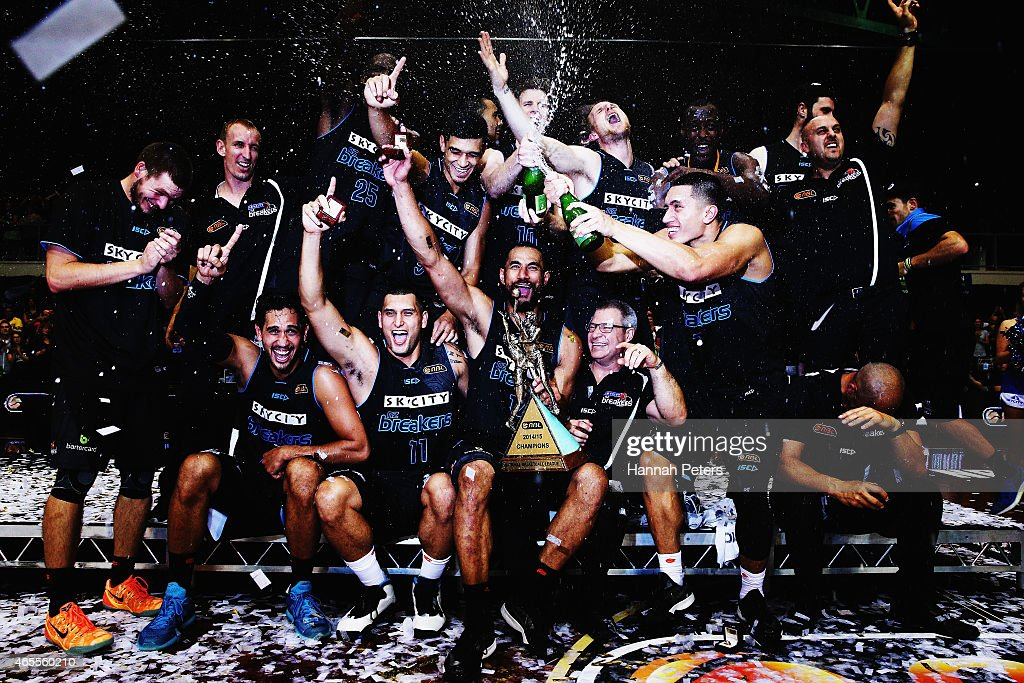 New Zealand v Cairns - NBL Grand Final: Game 2 : News Photo