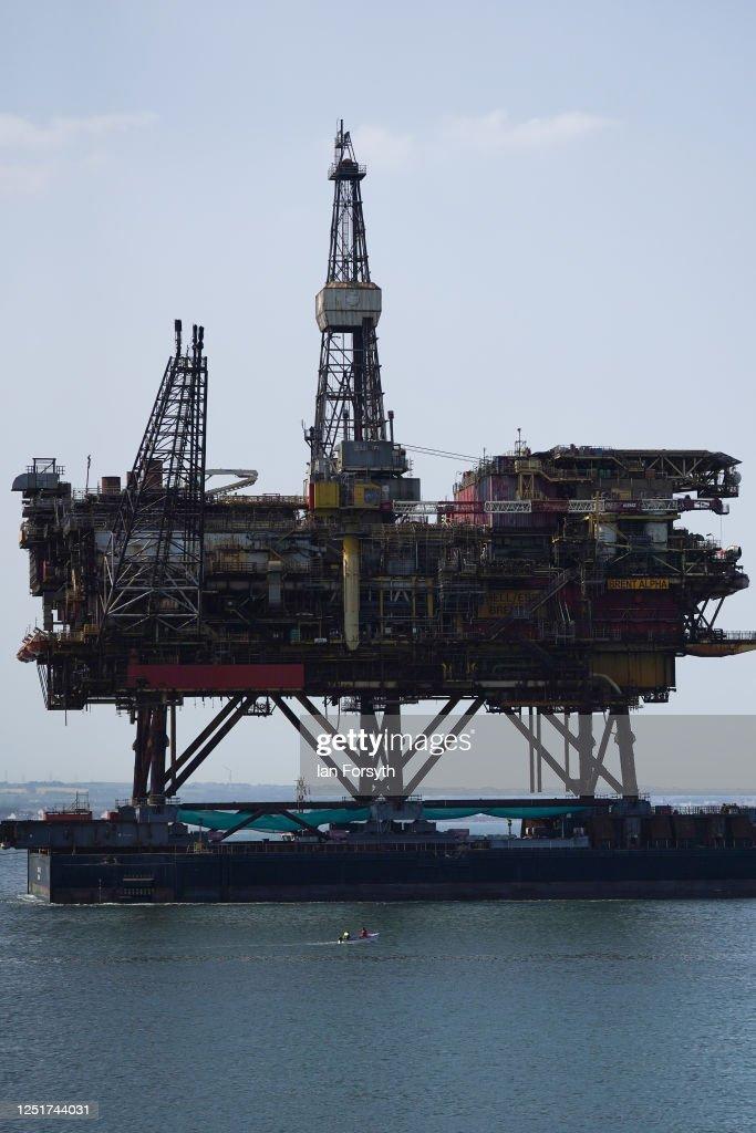 Decommissioned Brent Alpha Oil Platform Arrives In Teesside : News Photo