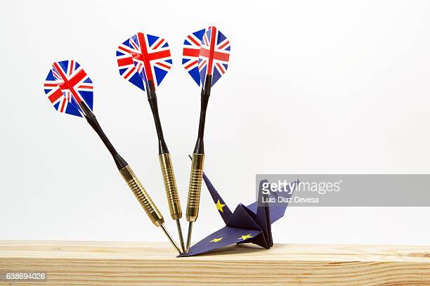 The Brexit causes damage and therefore weakens the European Union