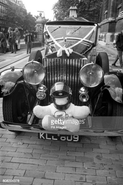 The bridal RollsRoyce at the wedding of British Formula One driver James Hunt and model Suzy Miller complete with miniature helmeted teddy at...