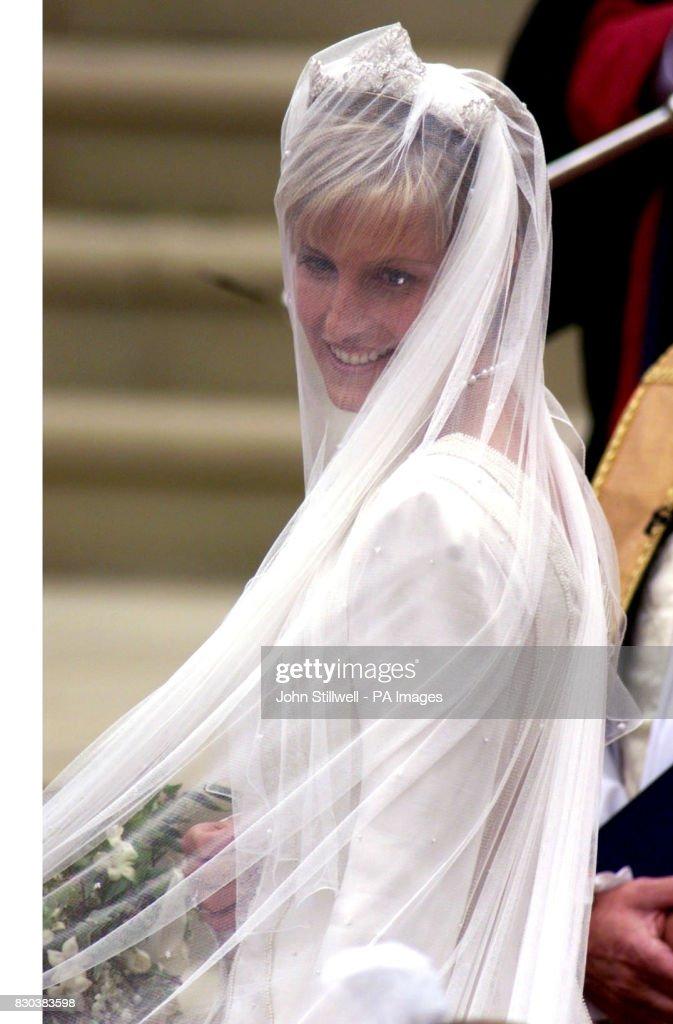 Wedding/Sophie R-Jones arrival : News Photo