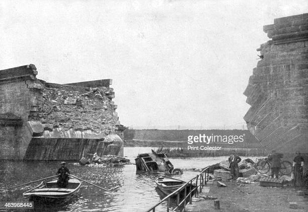 The bridge at Trilport, 1st Battle of the Marne, France, 5-12 September 1914. Bridge over the River Marne blown up by the retreating Allies. The...