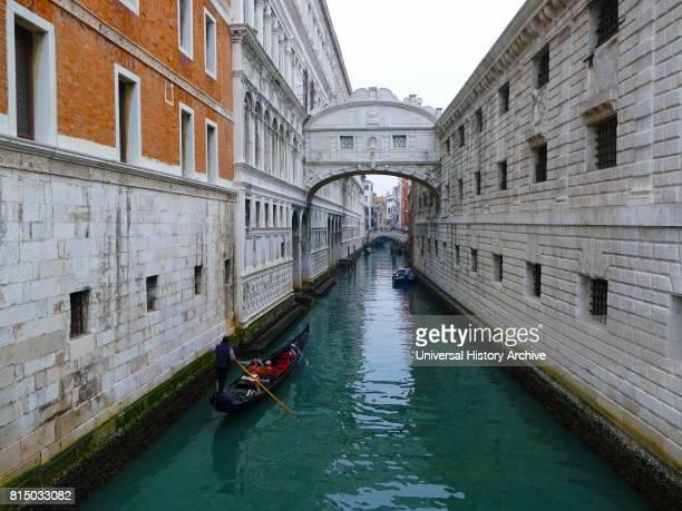 Ponte dei Sospiri in Venice northern Italy The enclosed bridge of white limestone has windows with stone bars and passes over the Rio di Palazzo and...