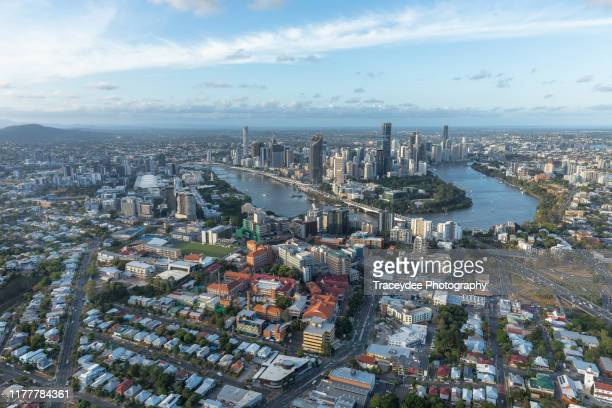 the brisbane cbd and south brisbane- an aerial shot taken from a helicopter. - ブリスベン ストックフォトと画像