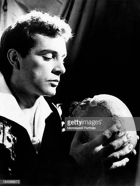 The British actor Richard Burton acting in the tragedy Hamlet New York 26th September 1963
