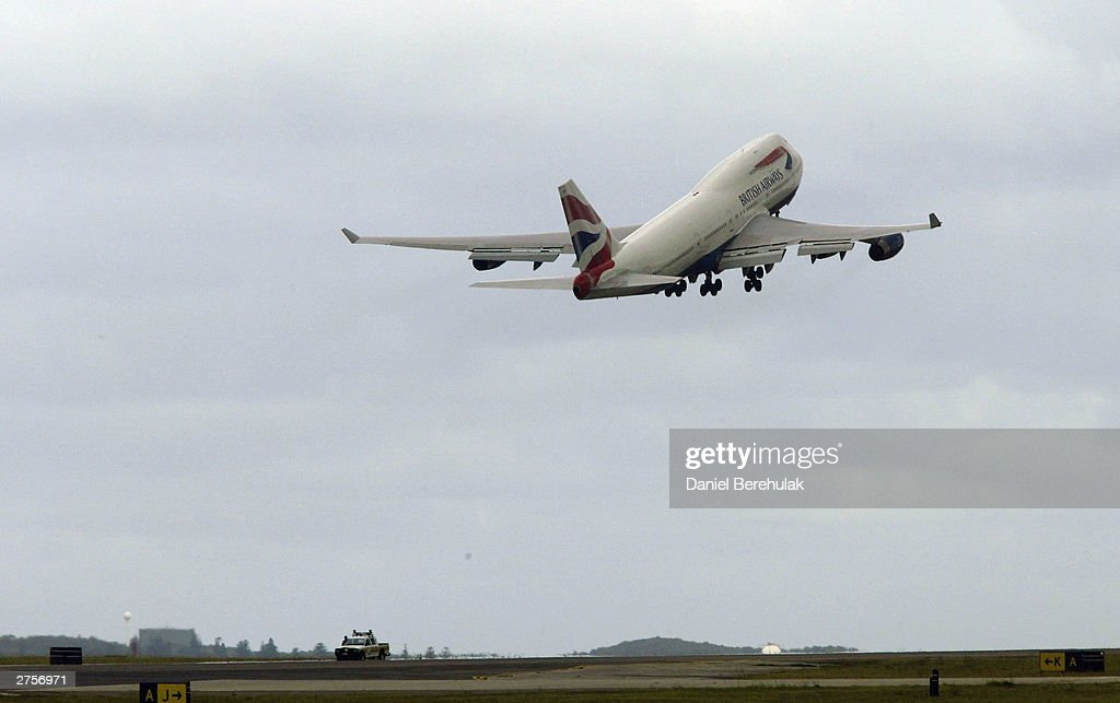 The British Airways BA16 aircraft transporting the England Rugby takes off during the departure of the England Rugby team at Sydney International Airport November 24, 2003 in Sydney, Australia. (Photo by Daniel Berehulak/Getty Images) The England Rugby Team depart Sydney victorious after winning the Rugby World Cup defeating Australia 20:17 in the final.