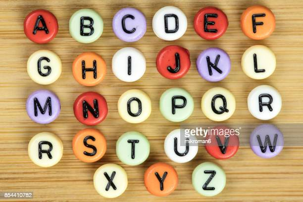 the british alphabet letters - letra j - fotografias e filmes do acervo