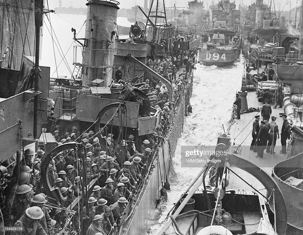 Evacuation From Dunkirk, May - June 1940, Destroyers filled with evacuated British troops berthing at Dover, 31 May 1940.