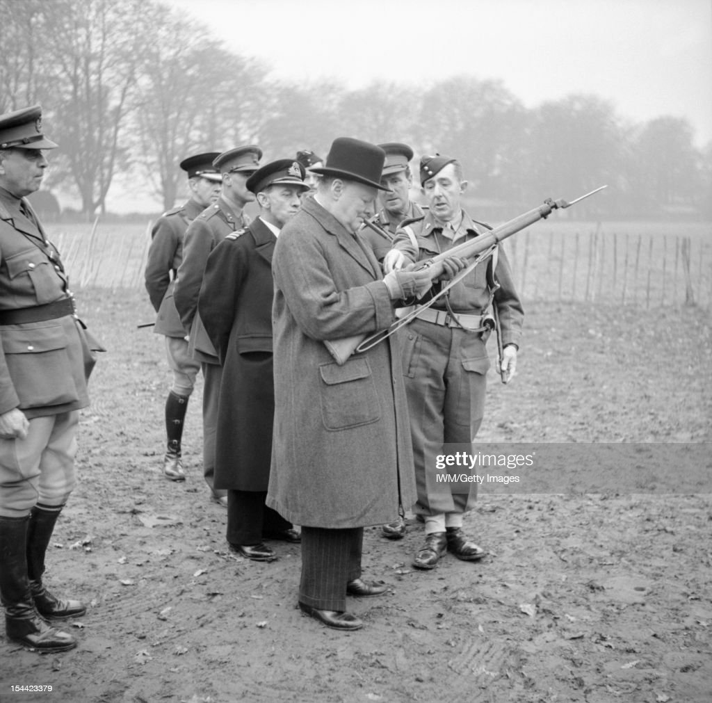 The British Army In The United Kingdom 1939-45 : News Photo