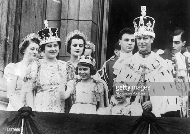 The British Royal Family appearing on the Buckingham Palace balcony and greeting the crowd after the coronation of George VI. London, 12th May 1937