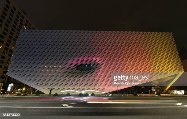 The Broad, a contemporary art museum, is lit up in the colors of Los Angeles sunsets and to support the bid to host the 2024 Olympic games as the...