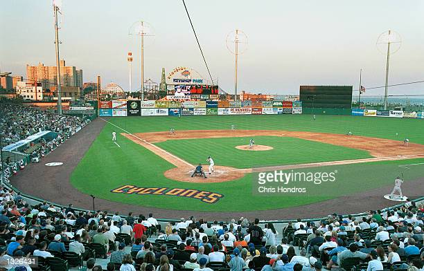 The Brooklyn Cyclones play their season opener in new Keyspan Park against the Mahoning Valley Snappers June 25, 2001 in Brooklyn, New York. The...