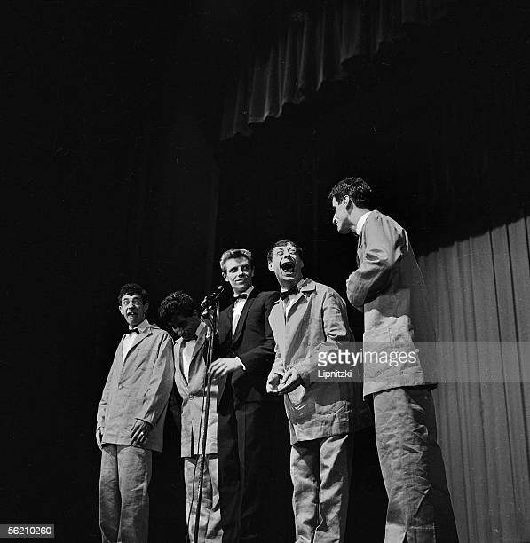 The Brutos, Italian vocal group, with Aldo Maccione, on the right. Paris, Olympia, january 1960.