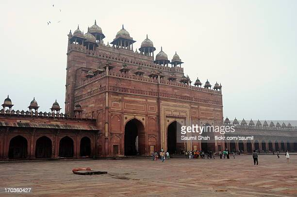 the buland darwaza - fatehpur sikri stock pictures, royalty-free photos & images