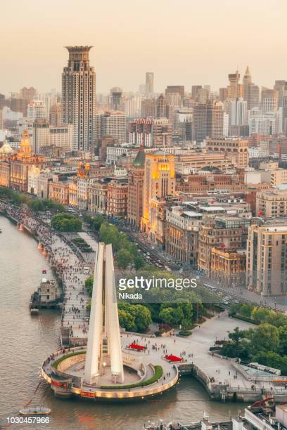 the bund in shanghai, china - the bund stock photos and pictures