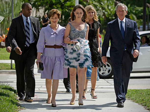 Former First Lady Laura With Daughters Barbara Bush And Jenna Hager George W