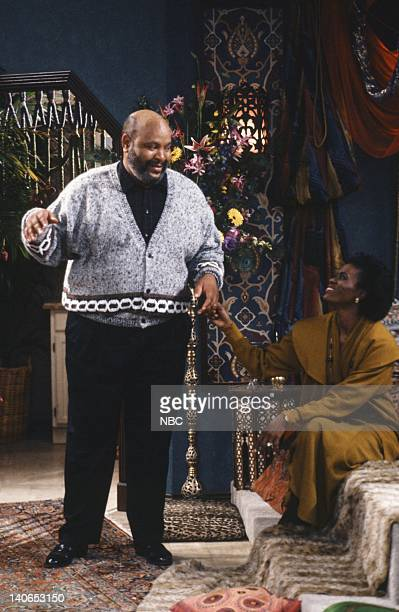 AIR The Butler Did It Episode 11 Pictured James Avery as Philip Banks Janet Hubert as Vivian Banks Photo by Ron Tom/NBCU Photo Bank