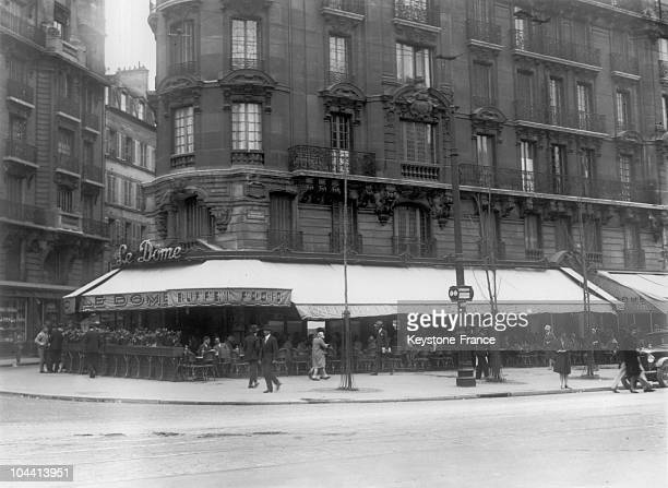 The cafe LE DOME in the Montparnasse district of Paris in 1929
