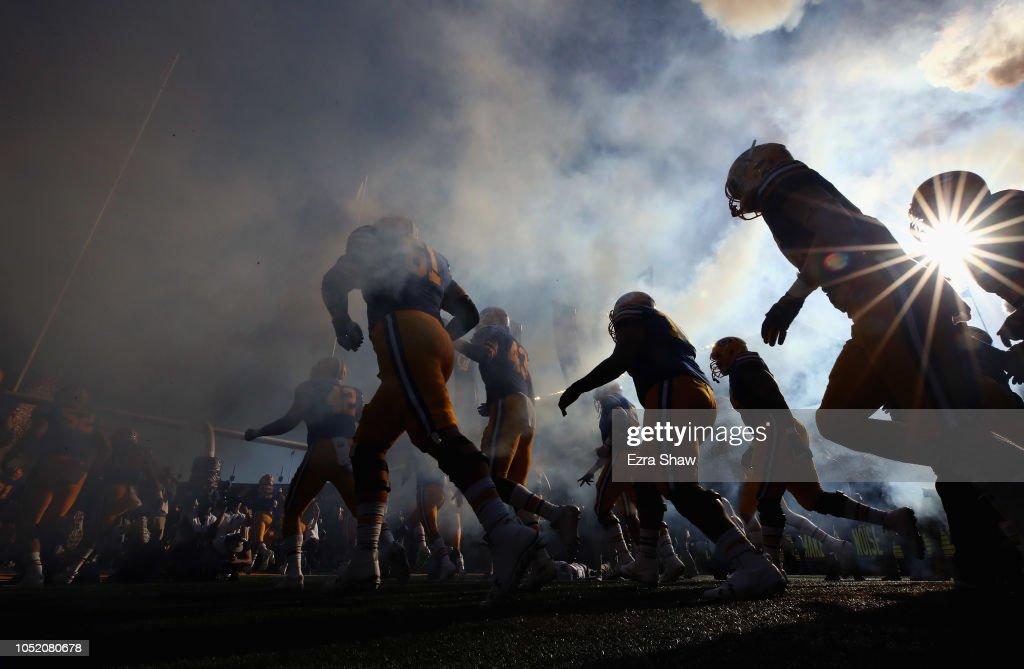 UCLA v California : News Photo