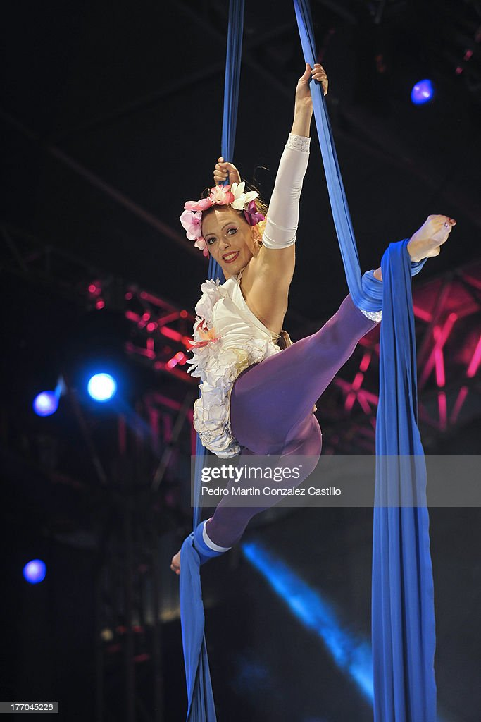 The Canadian artist Anouk Vallèe Charest performs during the 6th International Festival Arte Evolutivo on August 168, 2013 in Queretaro, Mexico.