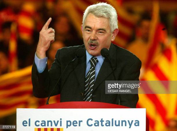 The candidate of the Catalan socialist party Pascual Maragall speaks during a Spanish autonomic elections campaign meeting in Barcelona 13 November...