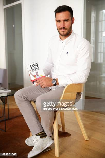 The canoeist Saul Craviotto presents his book '4 anos para 32 segundos' on October 26 2017 in Madrid Spain