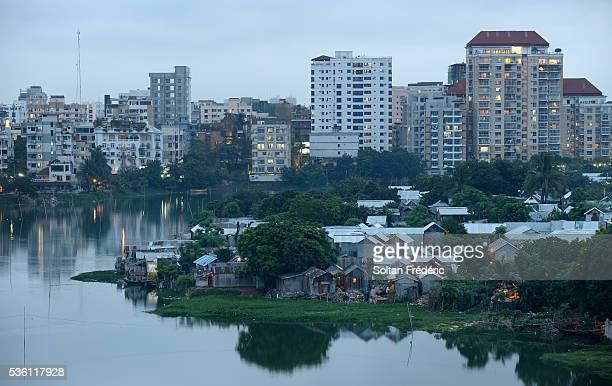 the capital city of dhaka - バングラデシュ ストックフォトと画像