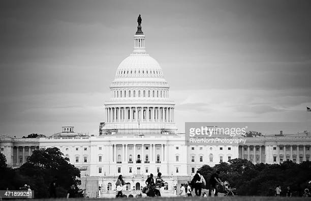 the capitol - government shutdown stock pictures, royalty-free photos & images