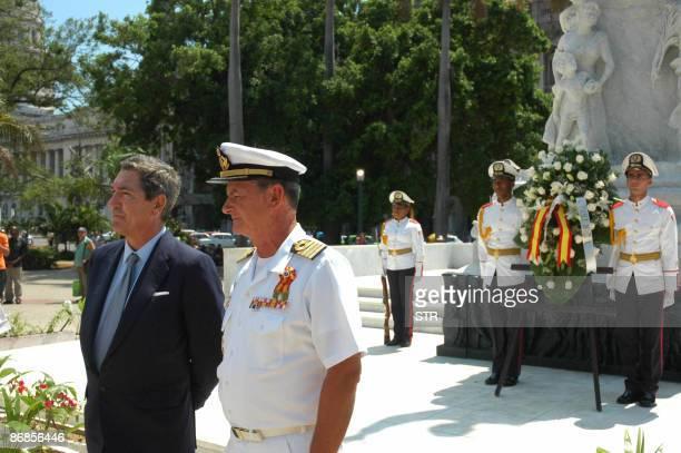 The captain of the Spanish Navy training ship Juan Sebastian Elcano Francisco Javier Romero and the Spanish ambassador to Cuba Manuel Cacho Quesada...