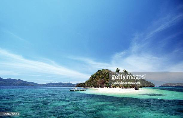 the captivating island of el nido in palawan, philippines - el nido stock pictures, royalty-free photos & images