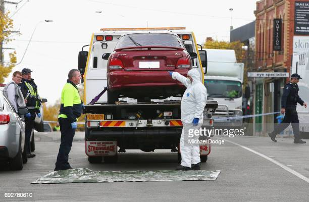 The car believed to be previously driven by Yacqub Khayre is taken out from the service apartments while investigations take place on June 6 2017 in...