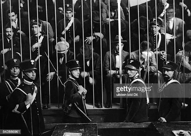 The Carabinieri guarding the arrested members of the Mafia 1919 Vintage property of ullstein bild