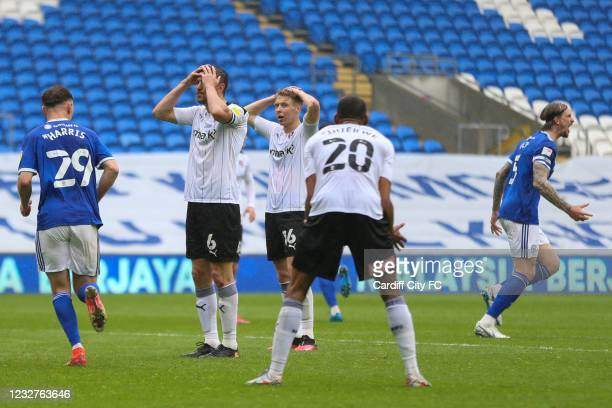 The Cardiff City players celebrate the teams equalising goal against Rotherham United during the Sky Bet Championship match between Cardiff City and...