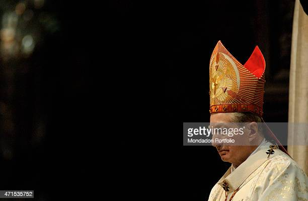 The Cardinal Carlo Maria Martini who has been Archbishop of Milan for almost 22 years celebrates his last Christmas Mass in the Duomo Milan December...
