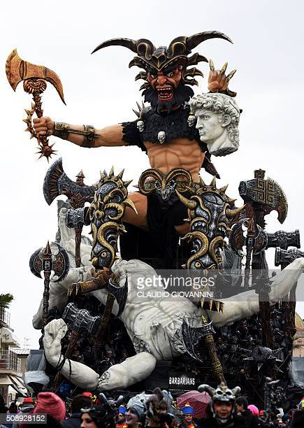 The carnival float 'Barabarians' parades through the streets of Viareggio during the traditional carnival on February 7 2016 in Tuscany / AFP /...